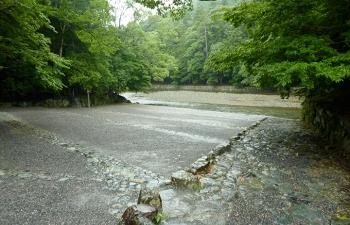五十鈴川と水垢離所