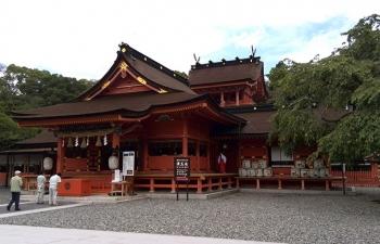 富士本宮社殿