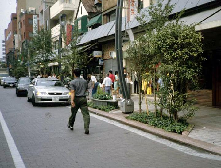 浅草 オレンジ通り '93『緑のデザイン大賞(建設大臣賞)』